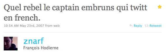Quel rebel le captain embruns qui twitt en french.