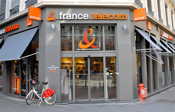 Agence France Telecom - Photo Ambrosiana Pictures (G).